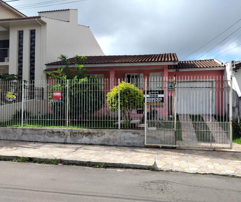 Casa Codigo 7093 a Venda no bairro Nossa Senhora de Lourdes na cidade de Santa Maria