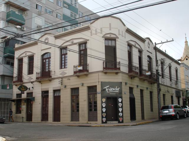 Apartamento Código 143 para alugar no bairro Centro na cidade de Santa Maria Condominio ed. adm e marly