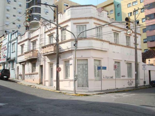 Casa Código 290 para alugar no bairro Centro na cidade de Santa Maria