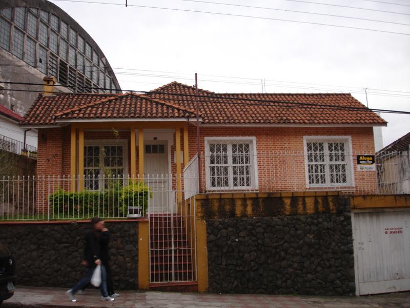 Casa Código 333 para alugar no bairro Centro na cidade de Santa Maria
