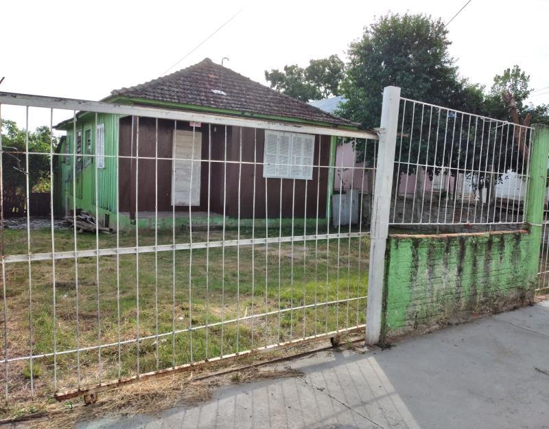 Casa Código 384 a Venda no bairro Patronato na cidade de Santa Maria