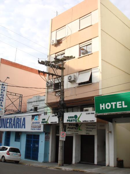 Loja Código 679 para alugar no bairro Centro na cidade de Santa Maria Condominio ed. val paraiso