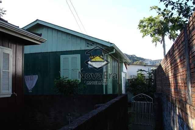 Casa Código 770 para alugar no bairro Centro na cidade de Santa Maria