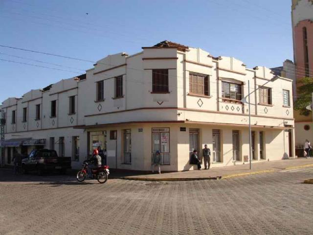 Sala Código 2025 para alugar no bairro Centro na cidade de São Pedro do Sul Condominio ed. são pedro