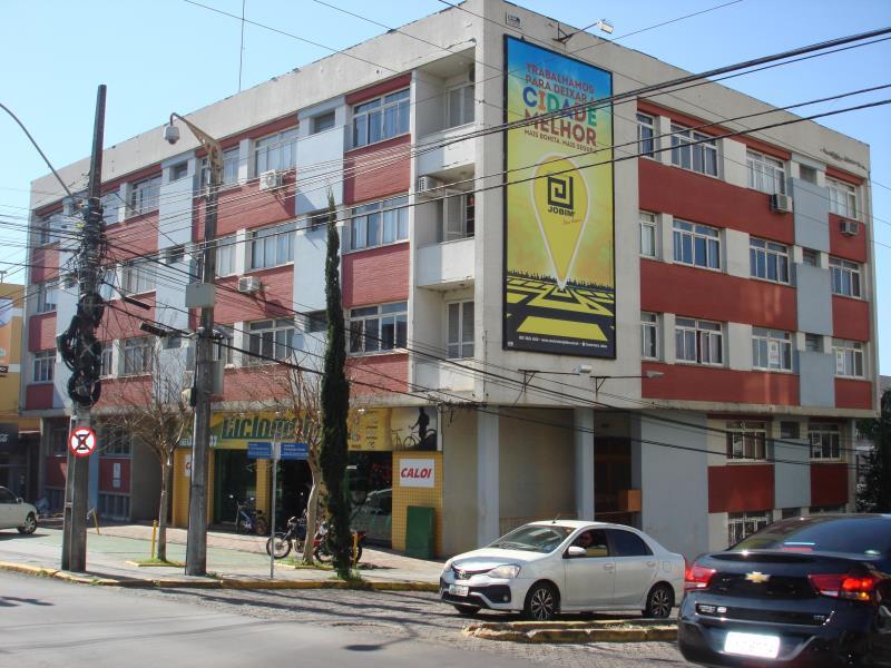 Apartamento Código 2033 para alugar no bairro Centro na cidade de Santa Maria