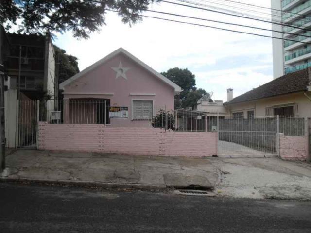 Casa Código 3066 para alugar no bairro Centro na cidade de Santa Maria