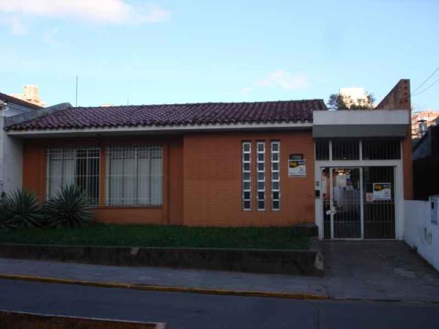 Casa Código 3400 para alugar no bairro Centro na cidade de Santa Maria
