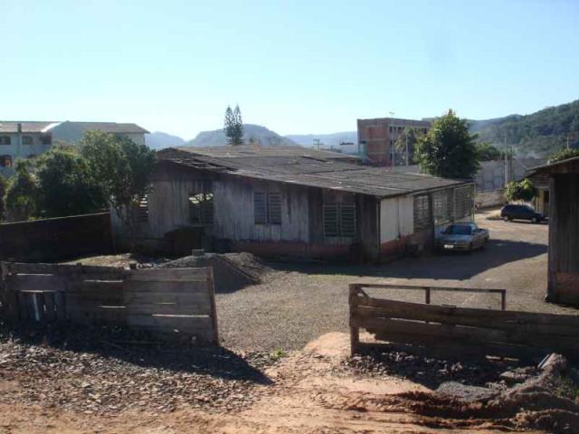 Galpão Código 3609 para alugar no bairro Km 3 na cidade de Santa Maria