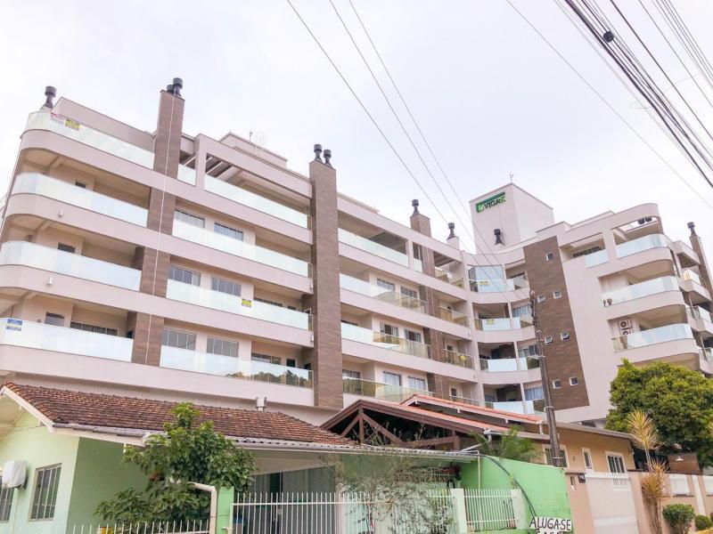 Apartamento-Codigo-18-para-Alugar-na-temporada-no-bairro-Centro-na-cidade-de-Bombinhas