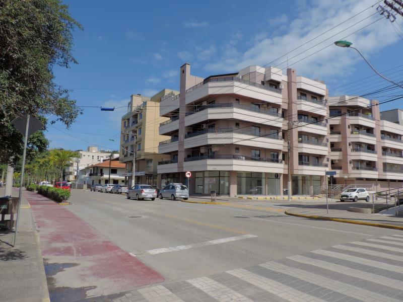 Apartamento-Codigo-84-para-Alugar-na-temporada-no-bairro-Bombas-na-cidade-de-Bombinhas