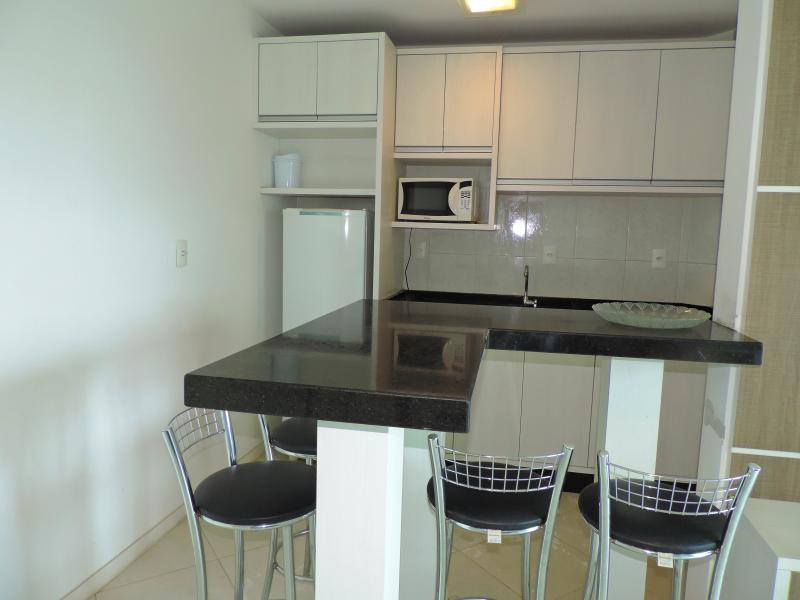 Apartamento-Codigo-91-para-Alugar-na-temporada-no-bairro-Bombas-na-cidade-de-Bombinhas