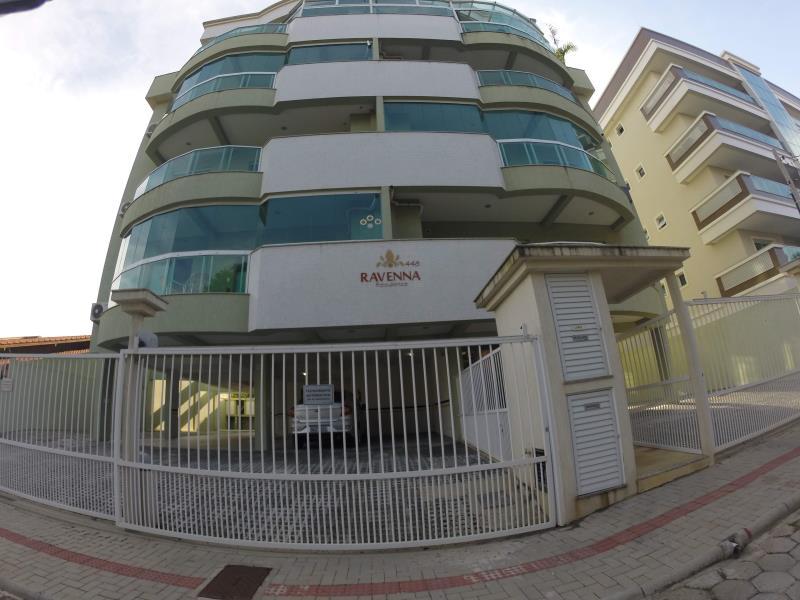 Apartamento-Codigo-96-para-Alugar-na-temporada-no-bairro-Bombas-na-cidade-de-Bombinhas