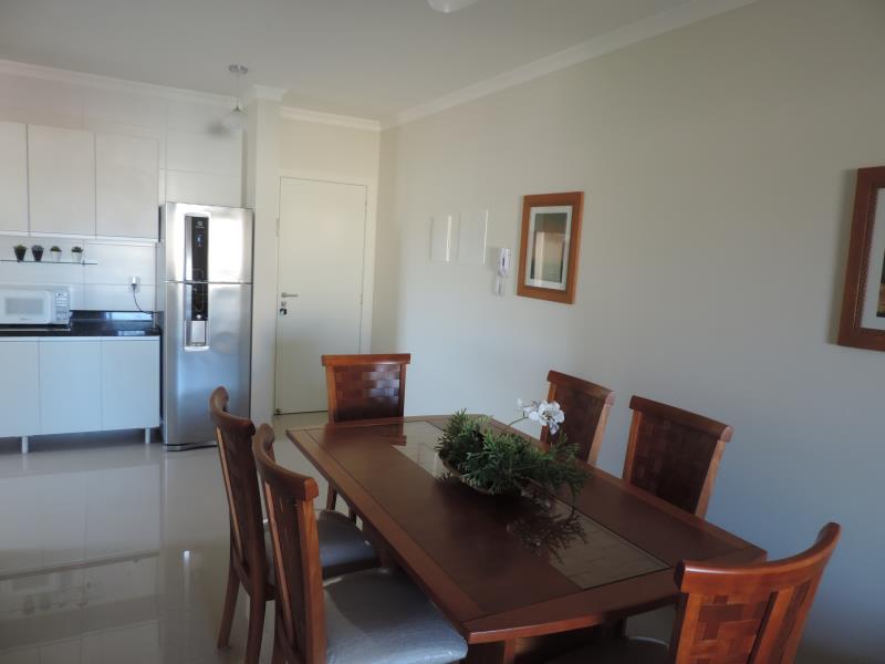 Apartamento-Codigo-103-para-Alugar-na-temporada-no-bairro-Bombas-na-cidade-de-Bombinhas