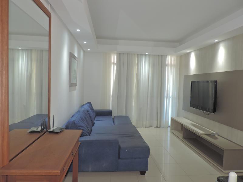 Apartamento-Codigo-108-para-Alugar-na-temporada-no-bairro-Bombas-na-cidade-de-Bombinhas