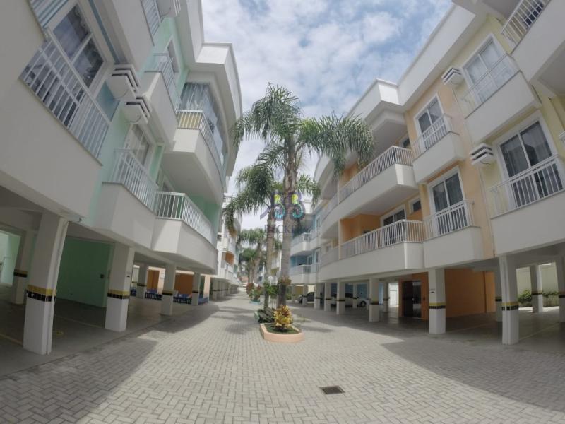 Apartamento-Codigo-109-para-Alugar-na-temporada-no-bairro-Bombas-na-cidade-de-Bombinhas