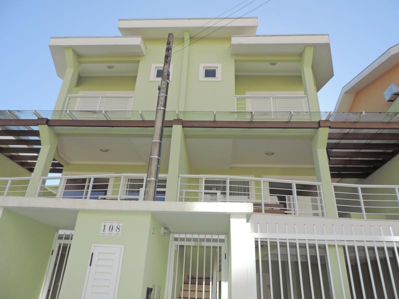 Sobrado-Codigo-163-para-Alugar-na-temporada-no-bairro-Bombas-na-cidade-de-Bombinhas
