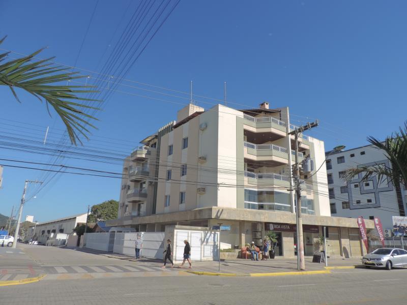 Apartamento-Codigo-165-para-Alugar-na-temporada-no-bairro-Bombas-na-cidade-de-Bombinhas