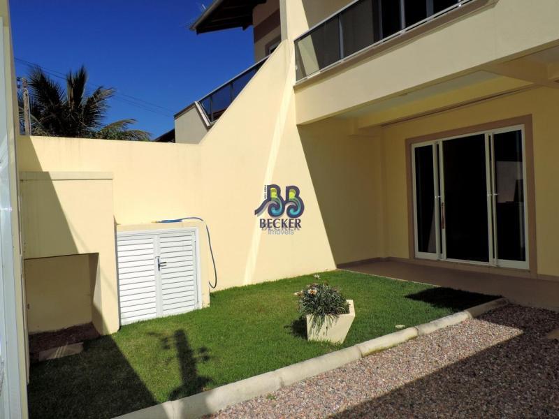 Casa-Codigo-224-para-Alugar-na-temporada-no-bairro-Bombas-na-cidade-de-Bombinhas