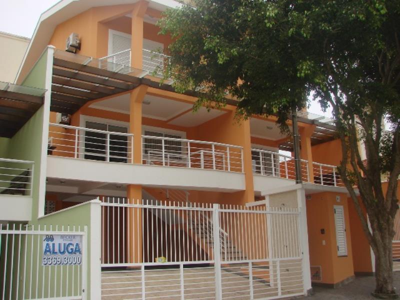 Sobrado-Codigo-233-para-Alugar-na-temporada-no-bairro-Bombas-na-cidade-de-Bombinhas