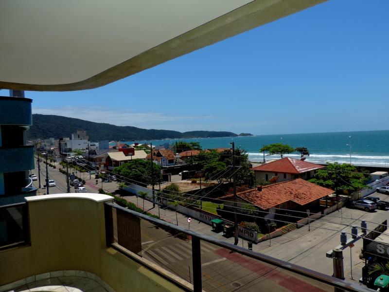 Apartamento-Codigo-283-para-Alugar-na-temporada-no-bairro-Bombas-na-cidade-de-Bombinhas