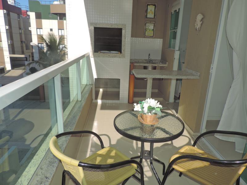Apartamento-Codigo-285-para-Alugar-na-temporada-no-bairro-Bombas-na-cidade-de-Bombinhas