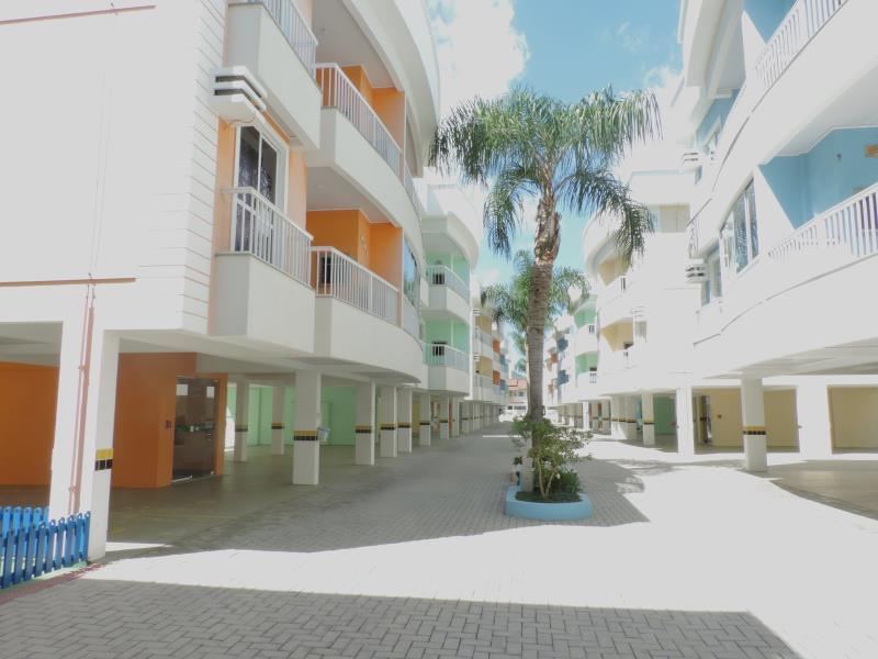 Apartamento-Codigo-344-para-Alugar-na-temporada-no-bairro-Bombas-na-cidade-de-Bombinhas