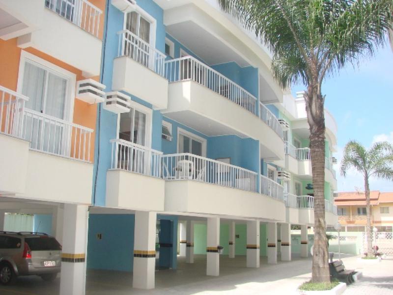 Apartamento-Codigo-411-para-Alugar-na-temporada-no-bairro-Bombas-na-cidade-de-Bombinhas
