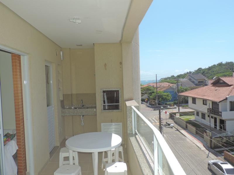 Apartamento-Codigo-449-para-Alugar-na-temporada-no-bairro-Bombas-na-cidade-de-Bombinhas