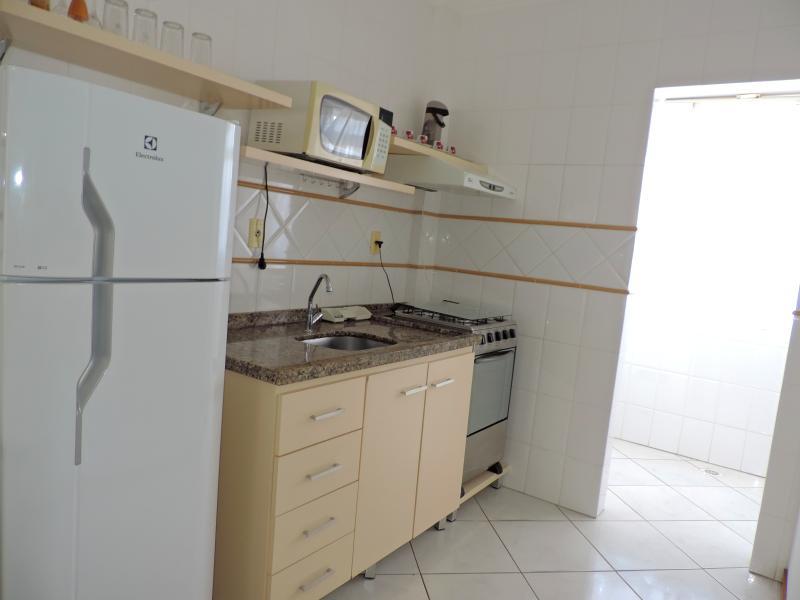 Apartamento-Codigo-498-para-Alugar-na-temporada-no-bairro-Bombas-na-cidade-de-Bombinhas