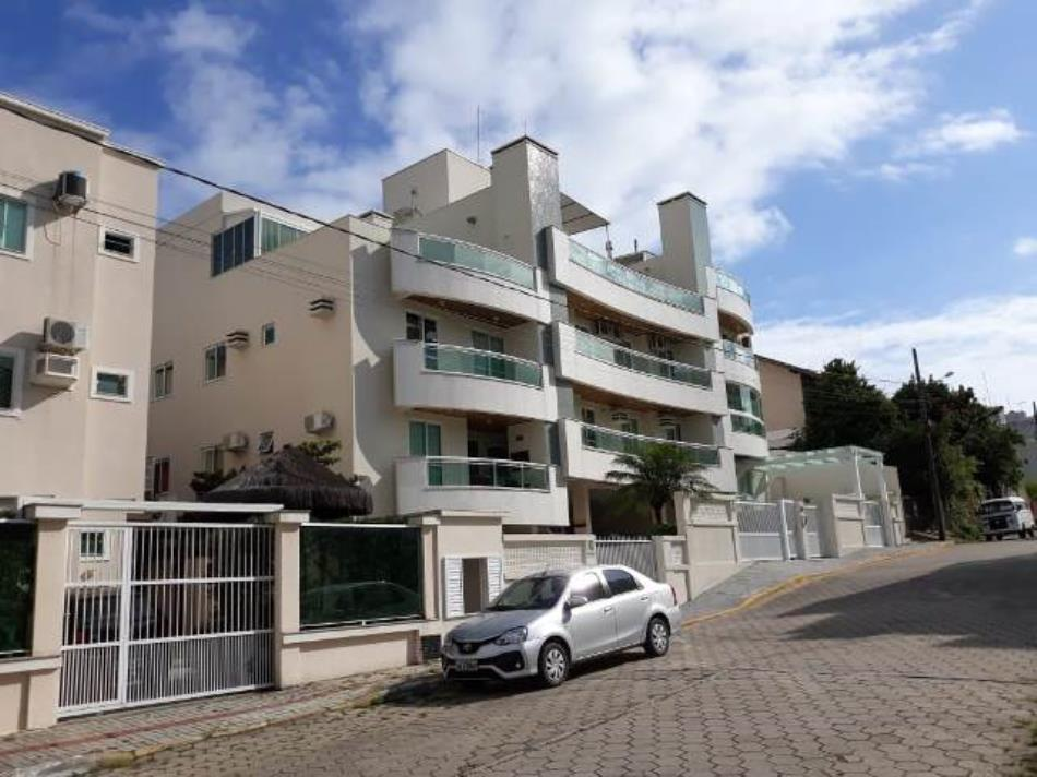 Cobertura-Duplex-Codigo-587-a-Venda-no-bairro-Bombas-na-cidade-de-Bombinhas