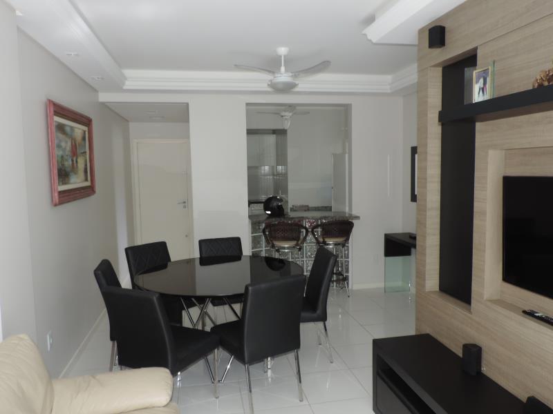 Apartamento-Codigo-594-a-Venda-no-bairro-Bombas-na-cidade-de-Bombinhas