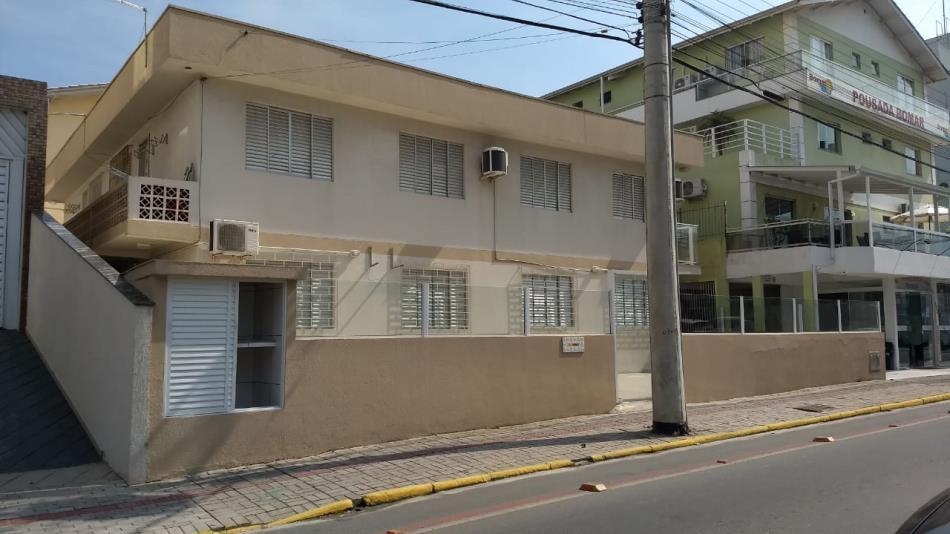 Apartamento-Codigo-598-a-Venda-no-bairro-Bombas-na-cidade-de-Bombinhas