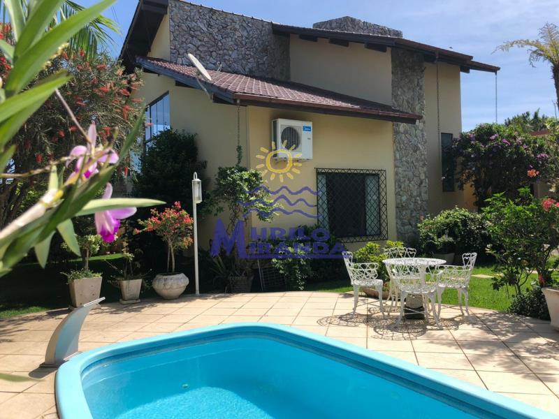 Casa Codigo 511 a Venda no bairro Fazenda da Armação na cidade de Governador Celso Ramos
