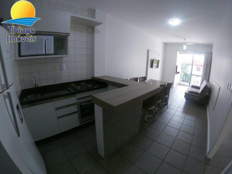 Apartamento com o Código 105 para alugar na temporada no bairro Canasvieiras na cidade de Florianópolis com 2 dormitorio(s) possui 1 garagem(ns) possui 1 banheiro(s)