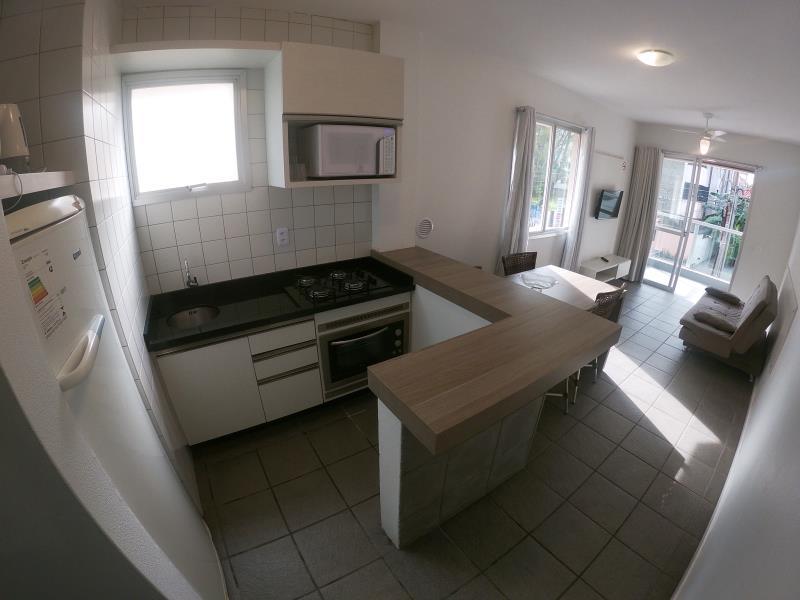 Apartamento com o Código 14510 para alugar na temporada no bairro Canasvieiras na cidade de Florianópolis com 1 dormitorio(s) possui 1 garagem(ns) possui 1 banheiro(s)