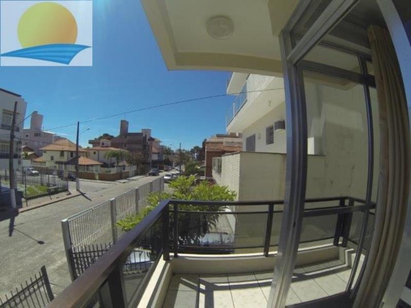 Apartamento com o Código 10013400 para alugar na temporada no bairro Canasvieiras na cidade de Florianópolis com 1 dormitorio(s) possui 1 garagem(ns) possui 1 banheiro(s) com área de 60,00 m2