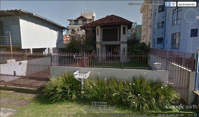 Casa com o Código 112910 à Venda no bairro Canasvieiras na cidade de Florianópolis com 3 dormitorio(s) possui 2 garagem(ns) possui 3 banheiro(s)