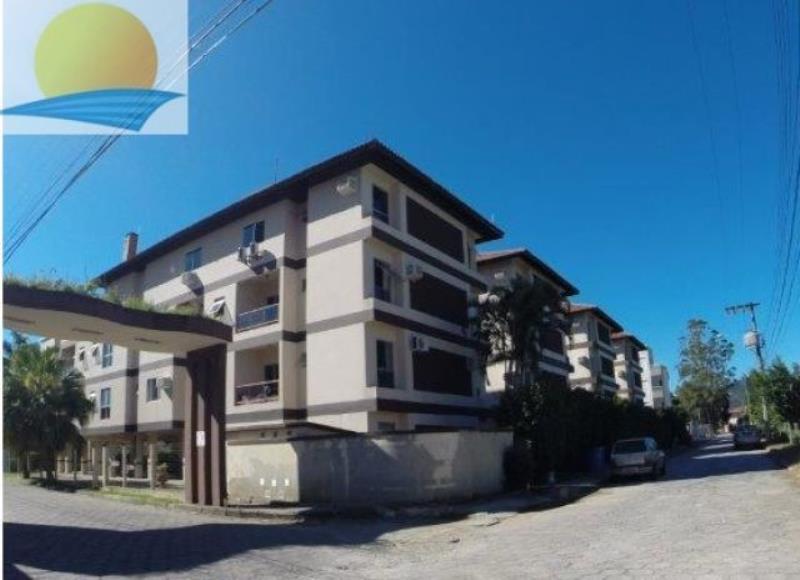 Apartamento com o Código 10007694 para alugar na temporada no bairro Cachoeira do Bom Jesus na cidade de Florianópolis com 1 dormitorio(s) possui 1 garagem(ns) possui 1 banheiro(s)