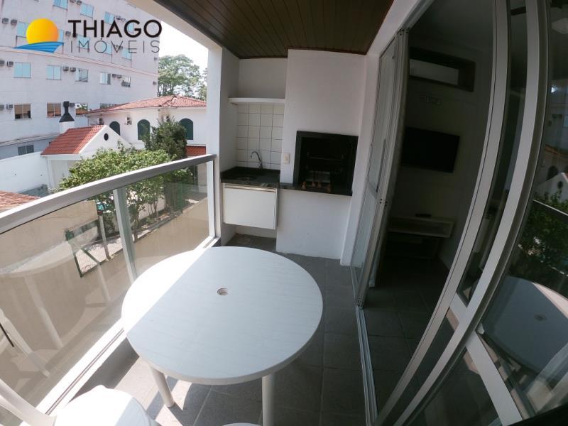 Apartamento com o Código 523104 para alugar na temporada no bairro Canasvieiras na cidade de Florianópolis com 2 dormitorio(s) possui 1 garagem(ns) possui 2 banheiro(s)