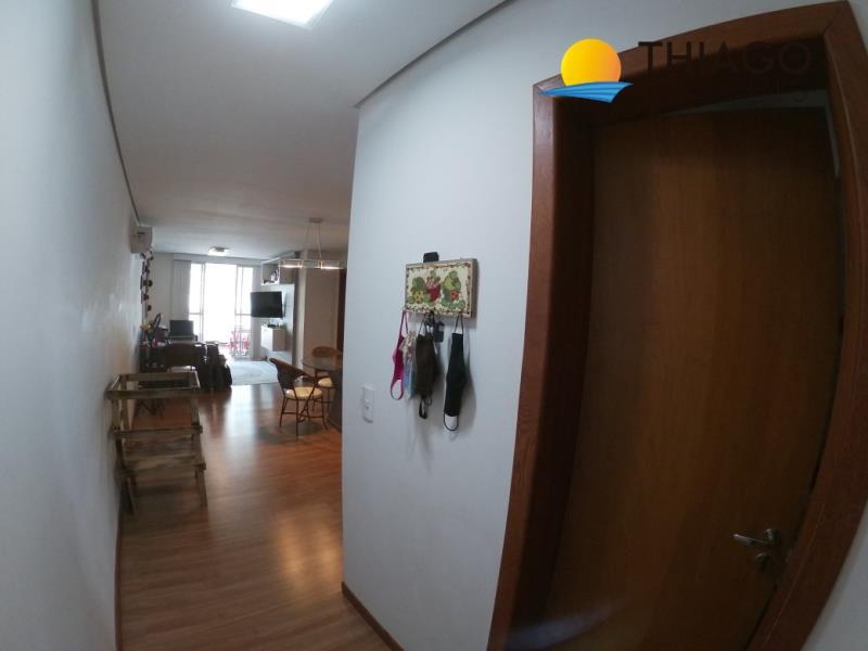 Apartamento com o Código 4348 à Venda no bairro Canasvieiras na cidade de Florianópolis com 2 dormitorio(s) possui 1 garagem(ns) possui 3 banheiro(s) com área de 89,00 m2