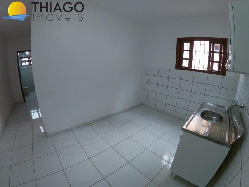 Apartamento com o Código 10004133 à Venda no bairro Canasvieiras na cidade de Florianópolis com 2 dormitorio(s) possui 1 garagem(ns) possui 1 banheiro(s) com área de 46,71 m2