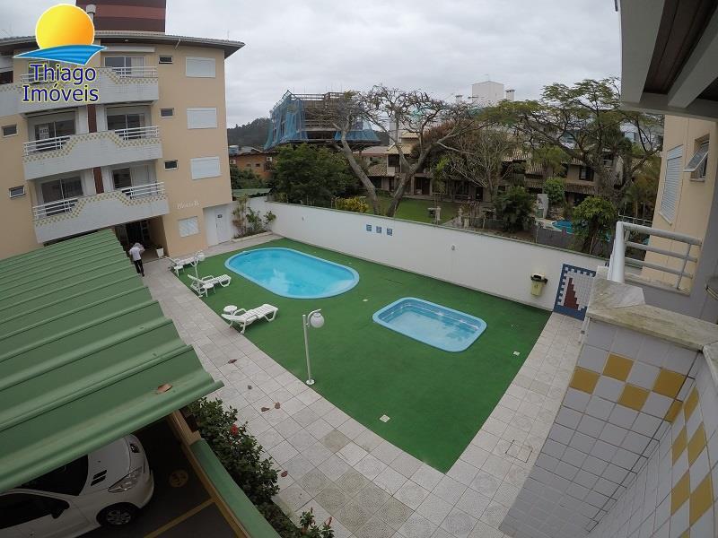 Apartamento com o Código 10003581 à Venda no bairro Canasvieiras na cidade de Florianópolis com 2 dormitorio(s) possui 1 garagem(ns) possui 2 banheiro(s)