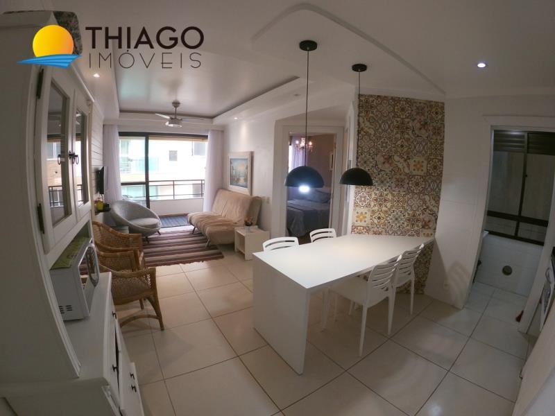 Apartamento com o Código 10003337 à Venda no bairro Canasvieiras na cidade de Florianópolis com 1 dormitorio(s) possui 1 banheiro(s)
