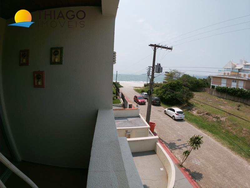 Apartamento com o Código 10003262 para alugar na temporada no bairro Canasvieiras na cidade de Florianópolis com 2 dormitorio(s) possui 1 garagem(ns) possui 1 banheiro(s)
