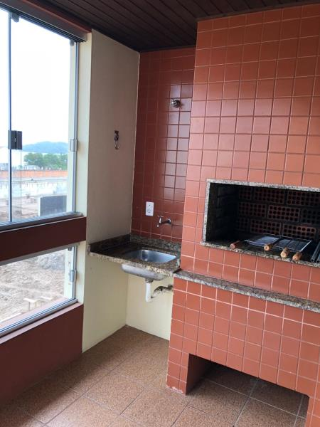 Apartamento com o Código 10003234 à Venda no bairro Canasvieiras na cidade de Florianópolis com 1 dormitorio(s) possui 1 garagem(ns) possui 1 banheiro(s)