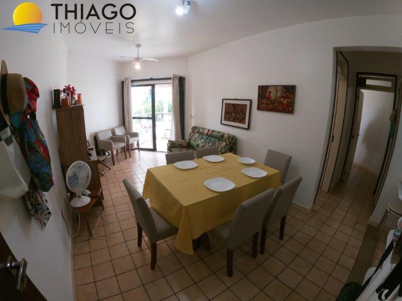 Apartamento com o Código 10002923 para alugar na temporada no bairro Canasvieiras na cidade de Florianópolis com 2 dormitorio(s) possui 1 garagem(ns) possui 2 banheiro(s)