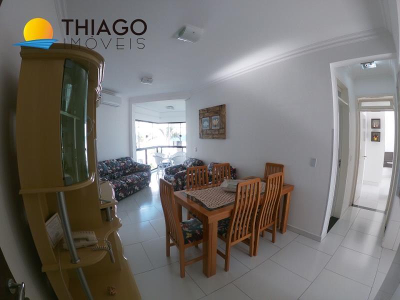 Apartamento com o Código 2864 para alugar na temporada no bairro Canasvieiras na cidade de Florianópolis com 2 dormitorio(s) possui 1 garagem(ns) possui 2 banheiro(s)