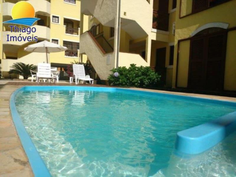 Apartamento com o Código 10002684 para alugar na temporada no bairro Canasvieiras na cidade de Florianópolis com 1 dormitorio(s) possui 1 garagem(ns) possui 1 banheiro(s)