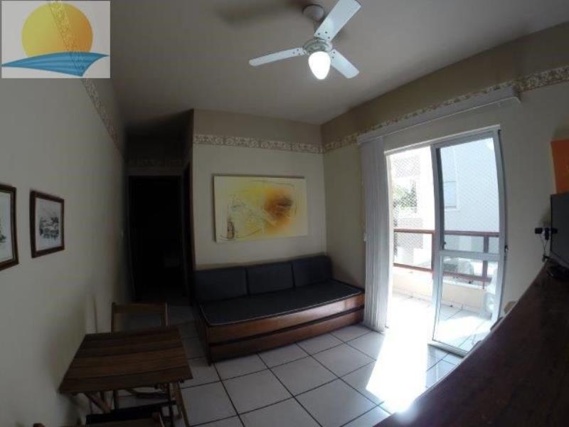 Apartamento com o Código 10002412 para alugar na temporada no bairro Cachoeira do Bom Jesus na cidade de Florianópolis com 1 dormitorio(s) possui 1 garagem(ns) possui 1 banheiro(s) com área de 39,26 m2