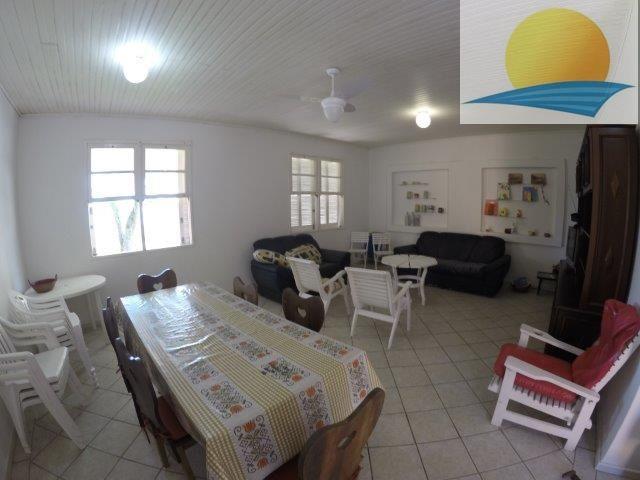 Casa com o Código 1031 à Venda no bairro Canasvieiras na cidade de Florianópolis com 3 dormitorio(s) possui 3 garagem(ns) possui 2 banheiro(s) com área de 160,00 m2